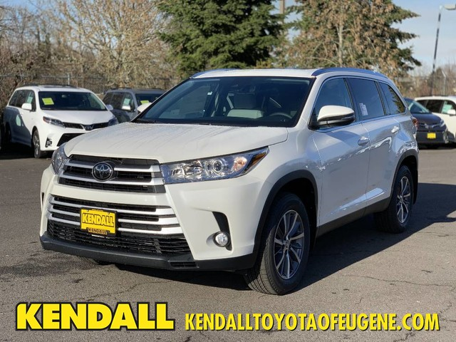 New 2019 Toyota Highlander Xle Suv In Eugene T44736 Kendall
