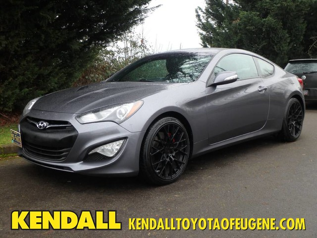 Pre Owned 2017 Hyundai Genesis Coupe 3 8 R Spec